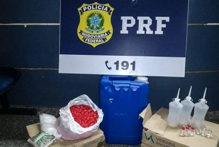 Agentes da PRF apreenderam 'cheirinho da loló' em abordagem