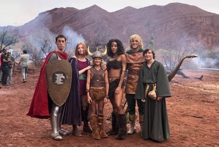 Fhelipe Gomes e elenco de campanha inspirada na Caverna do Dragão