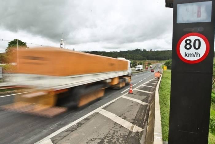 Acordo contraria o que Bolsonaro defende: acabar com radares em estradas federais