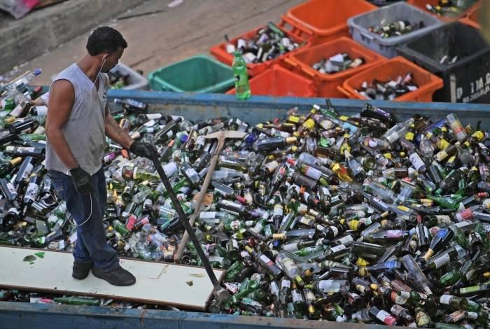 Brasil é um mau aluno no quesito reciclagem de plástico