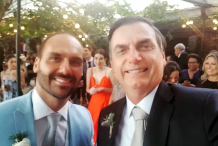 Bolsonaro posou com o filho