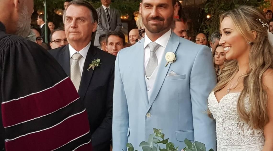 Eduardo Bolsonaro e Heloísa Wolf se casaram na Casa Santa Teresa, Centro do Rio, na tarde de sábado