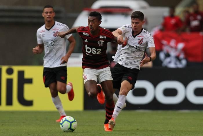 Flamengo enfrenta o Athletico-PR