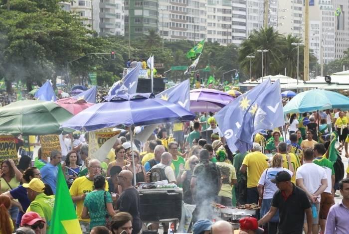 Manifestações em apoio ao pacote anticrime, Reforma da Previdência e Lava Jato, em Copacabana