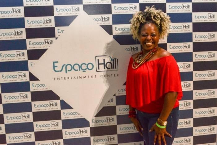 Cleusa Cruz no Espaço Hall