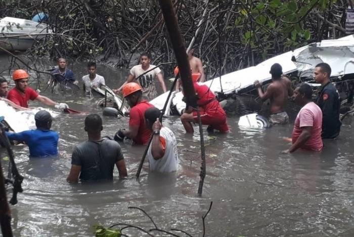 Avião monomotor caiu em manguezal em Sergipe