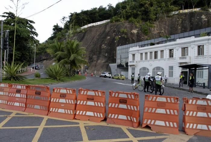 Interdição na Avenida Niemeyer ocorreu em 28 de maio após determinação da Justiça, pois havia risco de novos deslizamentos