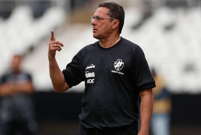 Vanderlei Luxemburgo vê Vasco em evolução para encerrar jejum de vitória no Brasileiro