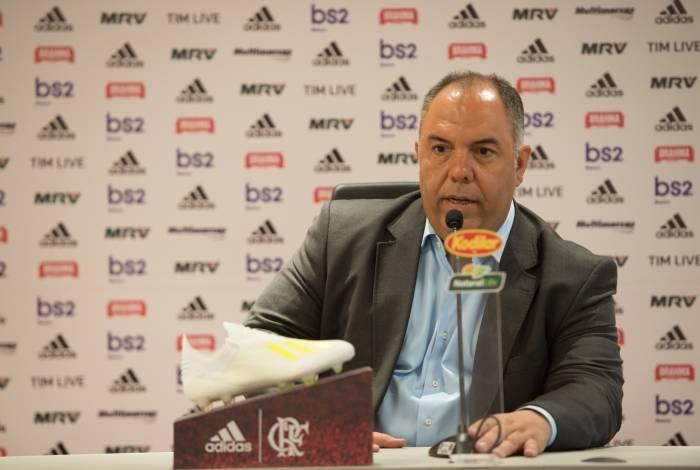 Em coletiva na sexta-feira, Marcos Braz falou da possibilidade de contratar Jemerson ou Zapata
