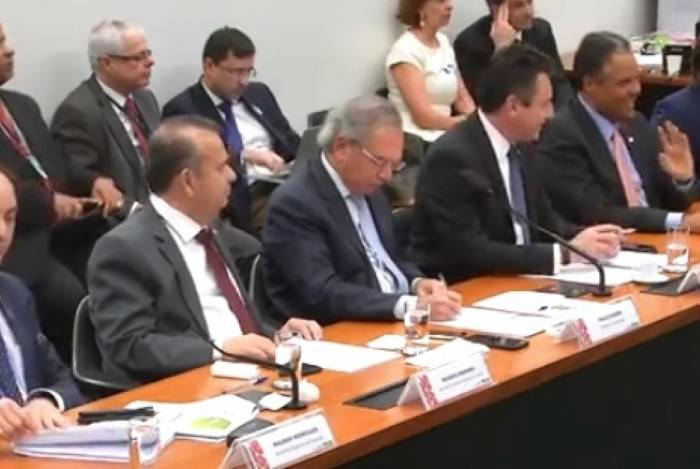 Paulo Guedes defende a reforma da Previdência na Comissão de Finanças e Tributação da Câmara