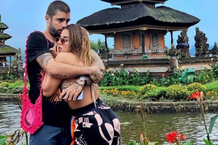 Anitta e Pedro Scooby em Bali, na Indonésia: 'Transei muito'