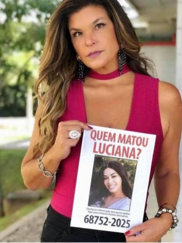 Cristiana Oliveira como Lara em 'Topíssima'
