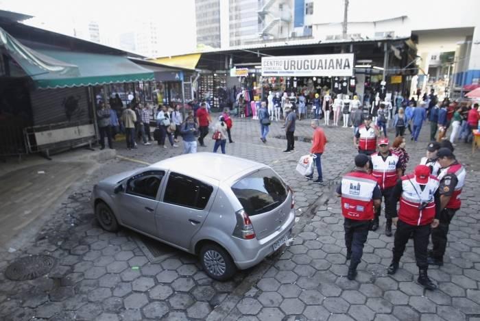 Comércio popular fica no Centro do Rio