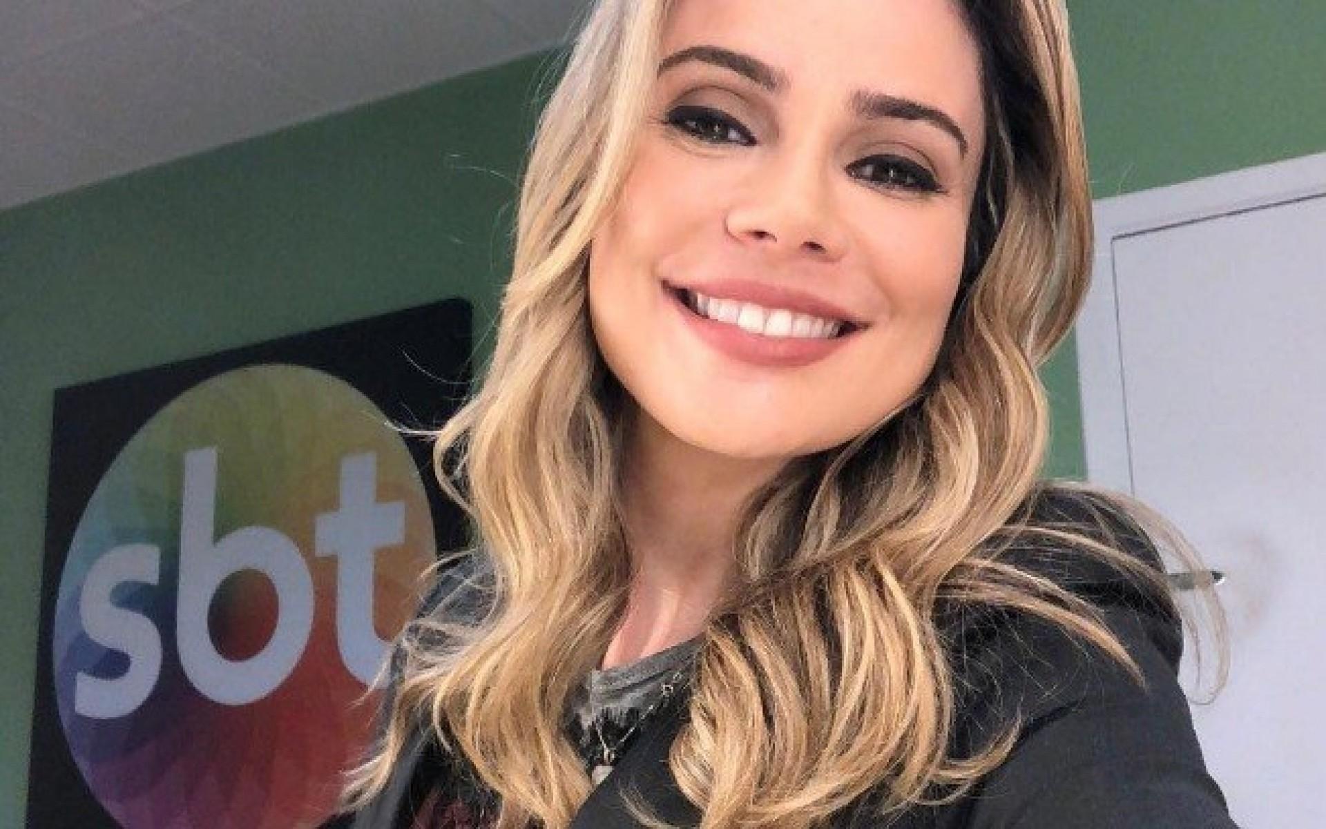 Resultado de imagem para foto sbt brasil com raquel sherazade 2019