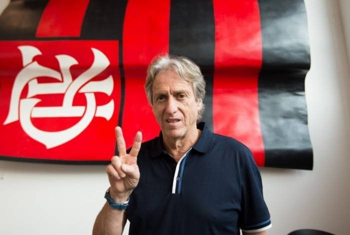 Jorge Jesus só vai comandar o time do Flamengo dia 20 de junho