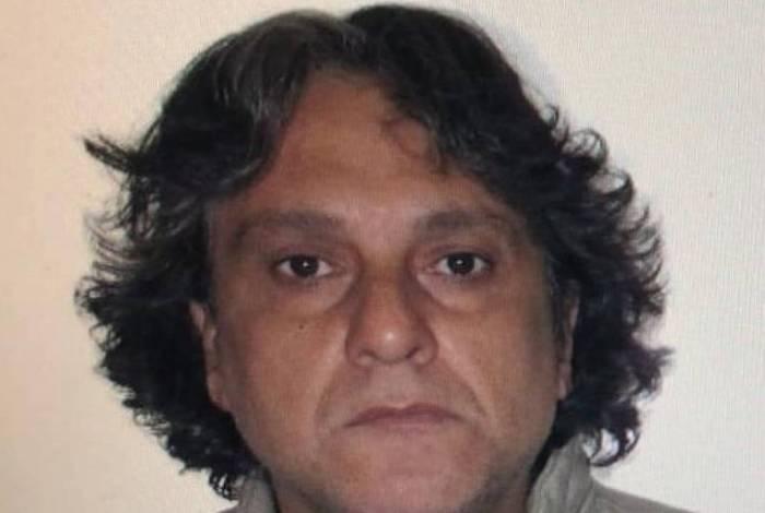Paulo Cupertino Matias, de 48 anos, fugiu após triplo homicídio