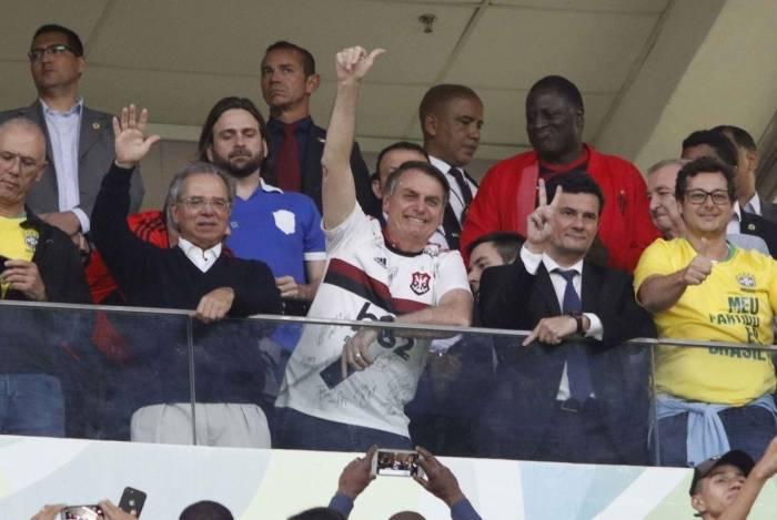 Bolsonaro e Moro assistiram a jogo do Flamengo, em Brasília, em junho