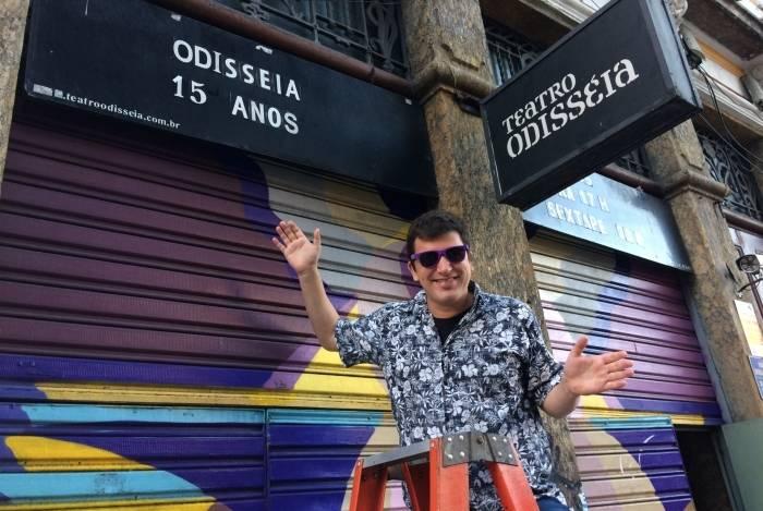 O empresário e agitador cultural Leo Feijó, que mantém o Teatro Odisseia
