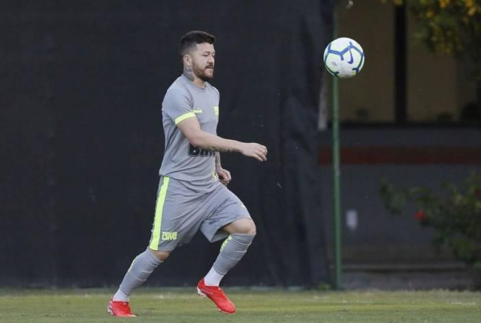 Decisivo contra o Atlético-MG, Rossi perdeu pênalti diante do Santos e busca a redenção no jogo com o CSA