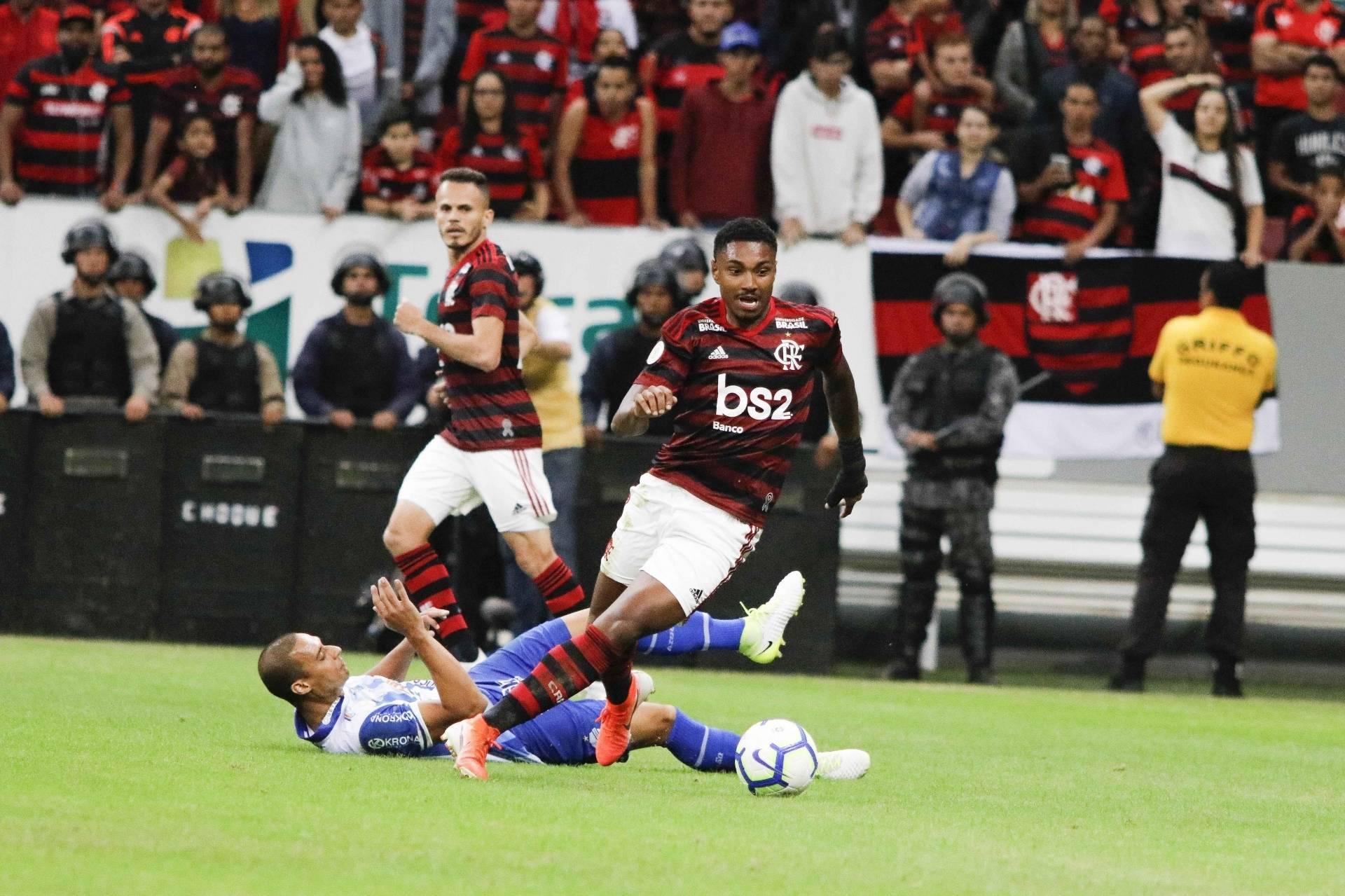 01a965d38b Jesus terá muito trabalho', diz comentarista sobre Flamengo Jornal ...
