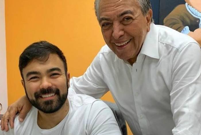 Mauro Sousa com o paí Maurício de Sousa
