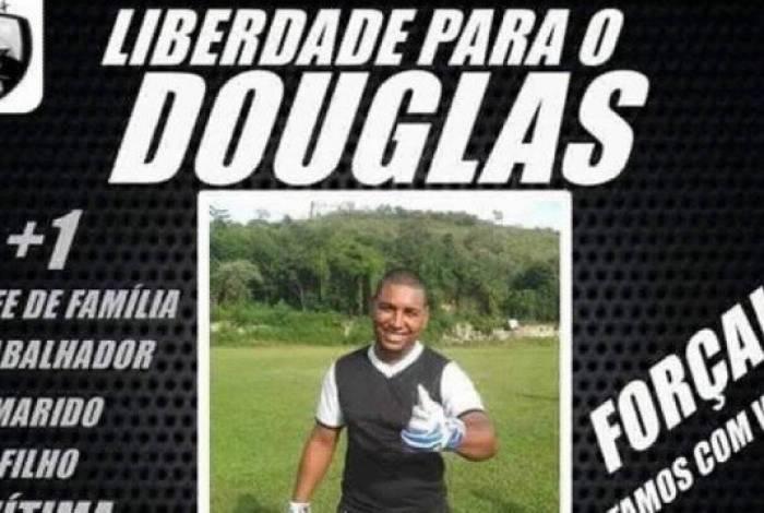 Amigos e familiares pedem a liberdade de Douglas