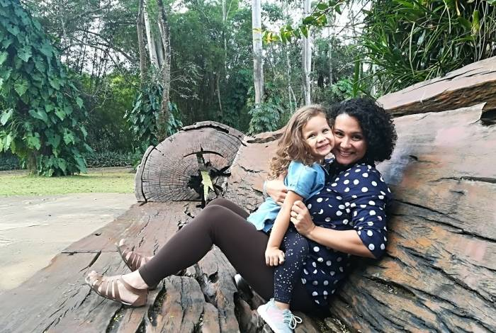 Maíra Lewin, organizadora profissional responsável pelo método Equilibre-se - Aventuras Maternas