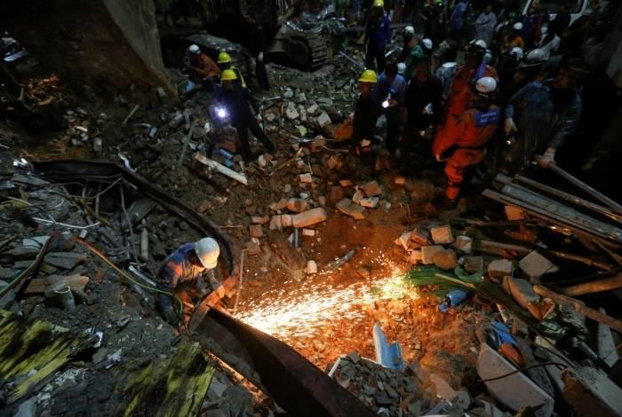 Desabamento no Camboja deixa sete mortos e dezenas de feridos
