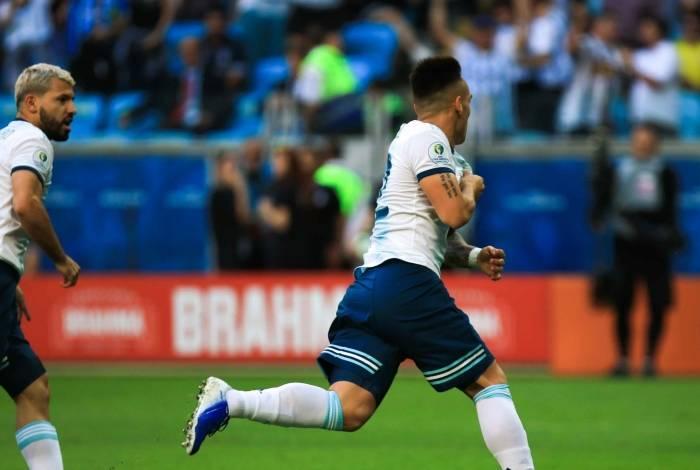 Argentina pegará a Venezuela nas quartas da Copa América