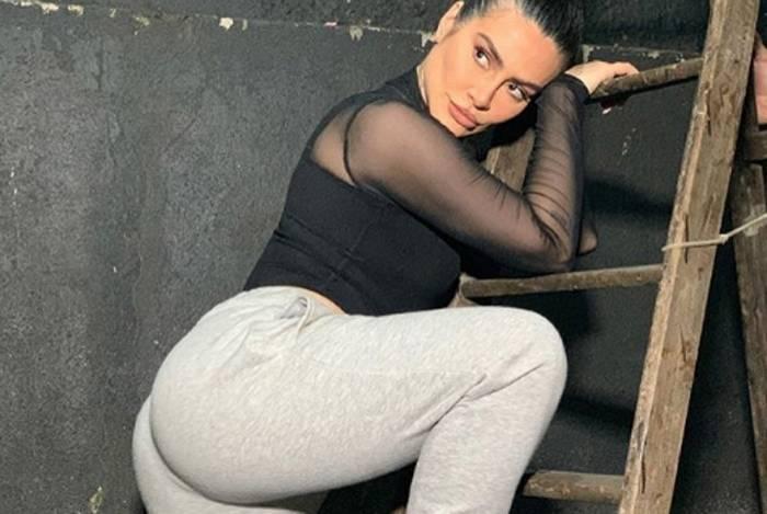 Cleo Pires rebola em vídeo e divide opiniões