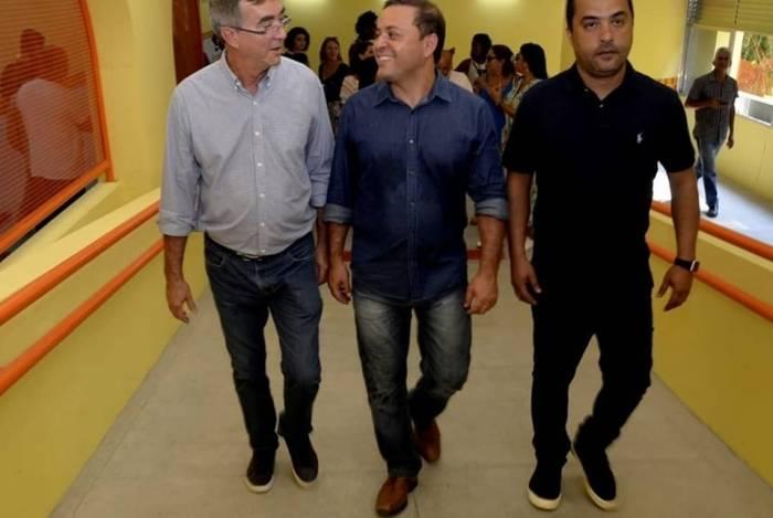 Paulo Bagueira (à esquerda) e Rodrigo Neves, prefeito de Niterói