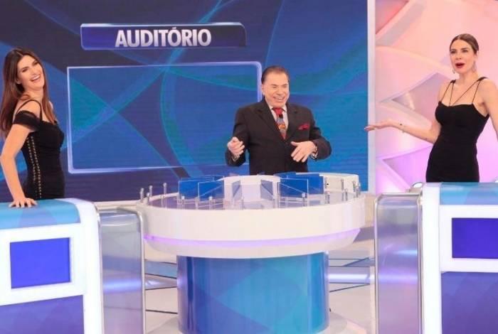 Isabela Fiorentino, Silvio Santos e Luciana Gimenez no 'Jogo das 3 Pistas'