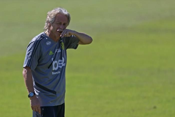 Técnico do Flamengo, Jorge Jesus, comanda o treino no Ninho do Urubu