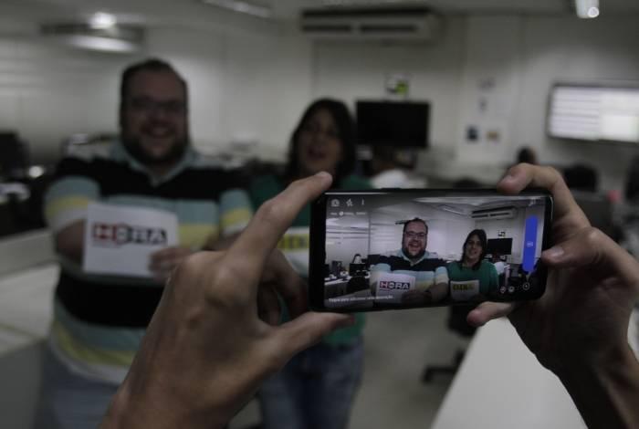 Rio,26/06/2019- REDAÇÃO- LIVE. Comemoração dos 50 anos do Jornal O Dia. Na foto, Rodrigo Teixeira e Fábia Oliveira .Foto: Cléber Mendes/Agência O Dia