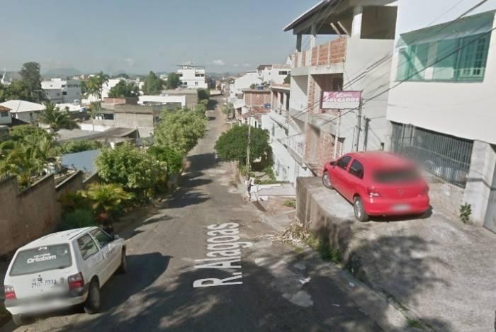 Idosa é morta pelo ex-companheiro na Rua Alagoas, em Itaperuna, município do Rio de Janeiro