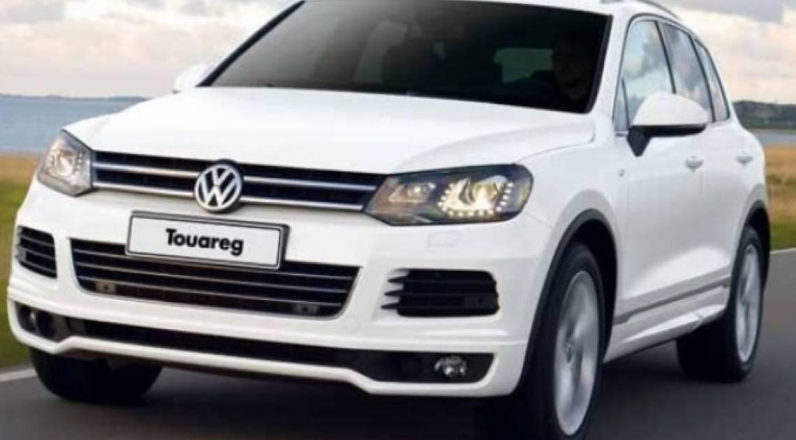 O craque já foi visto dirigindo um VW Touareg em uma reportagem pela Baixada Santista
