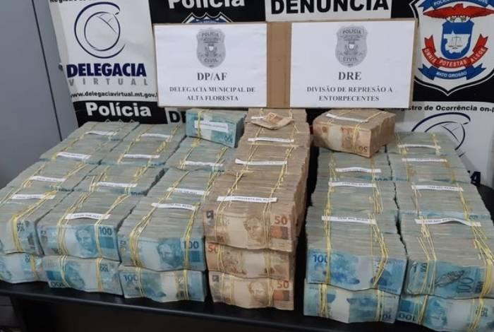 Segundo piloto, quantia era proveniente da venda de outra aeronave em São Paulo