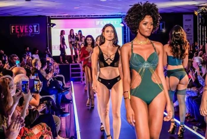 Além dos desfiles de moda, a Fevest vai reunir mais de 100 estandes de fornecedores e confecções