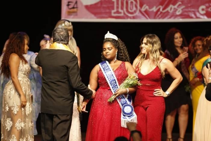 A Gonçalense Symoni Silva, de 22 anos, é a ganhadora do Miss Plus Size Rio de Janeiro