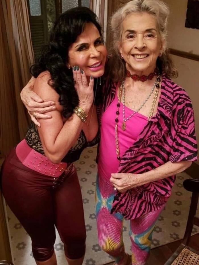 Gretchen grava com Betty Faria
