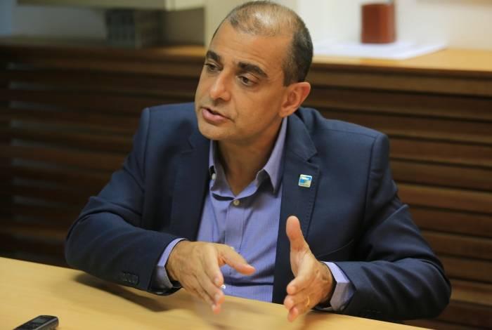Secretário estadual de Saúde, Edmar Santos