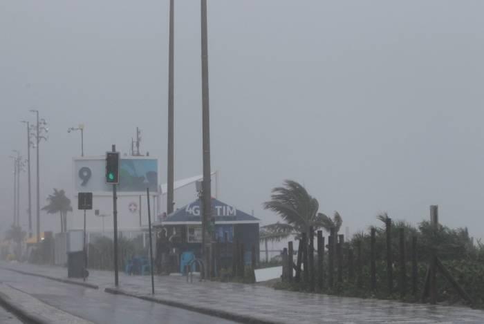 Chuva permanece até sábado no Rio