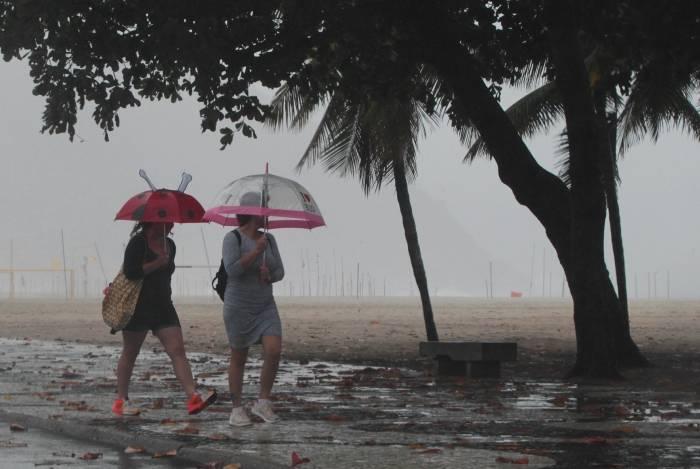 Chuva fraca deve permanecer no Rio até sábado