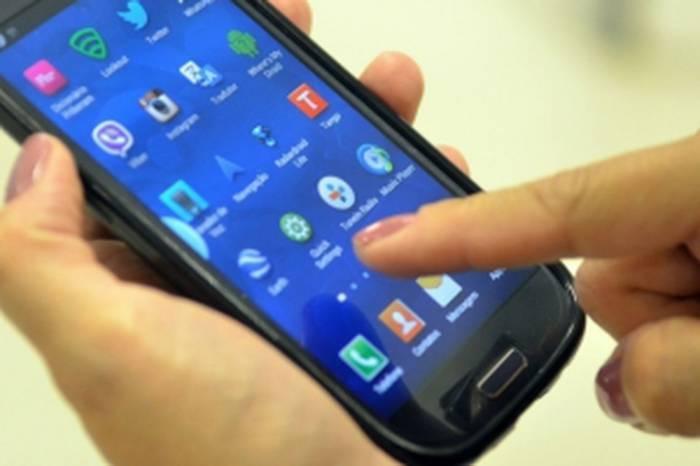 Mais de 60% dos jovens usam celular para pagamentos