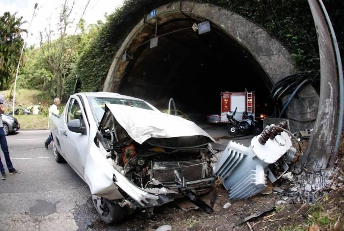 Primeiro acidente aconteceu no início da manhã