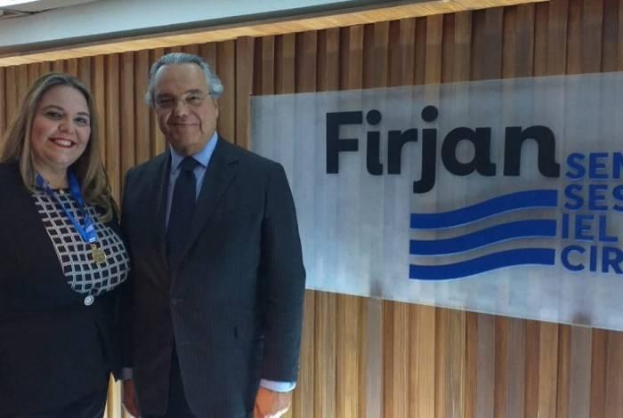 A presidente do Rio+Pão, Fernanda Hipólito, recebeu na Firjan a medalha Mérito Industrial do Rio de Janeiro