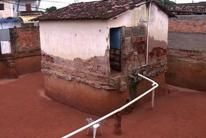 Segundo equipe de engenharia, muro da casa de idosas tem risco de desabar