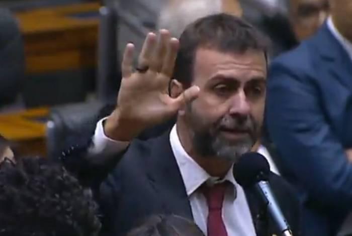 Deputado Marcelo Freixo (Psol-RJ) discursa na Câmara