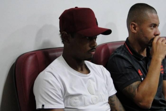Bruno Henrique está liberado para o Carioca