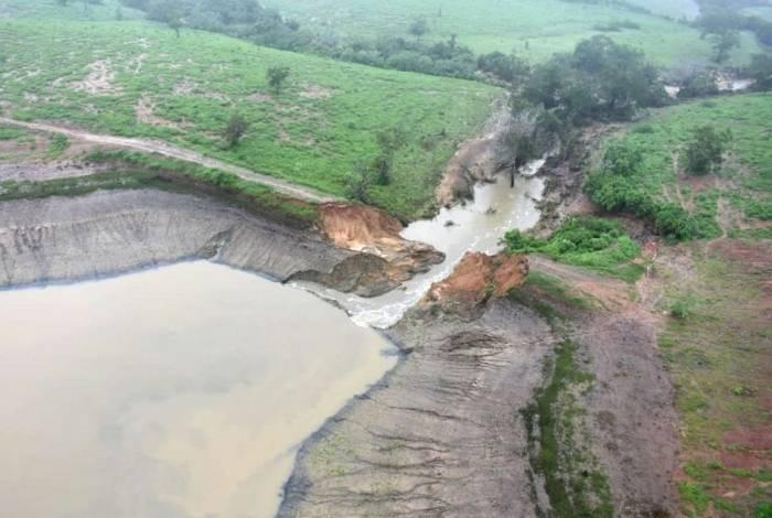 Barragem Quati se rompeu na Bahia e desalojou famílias no município de Coronel João Sá